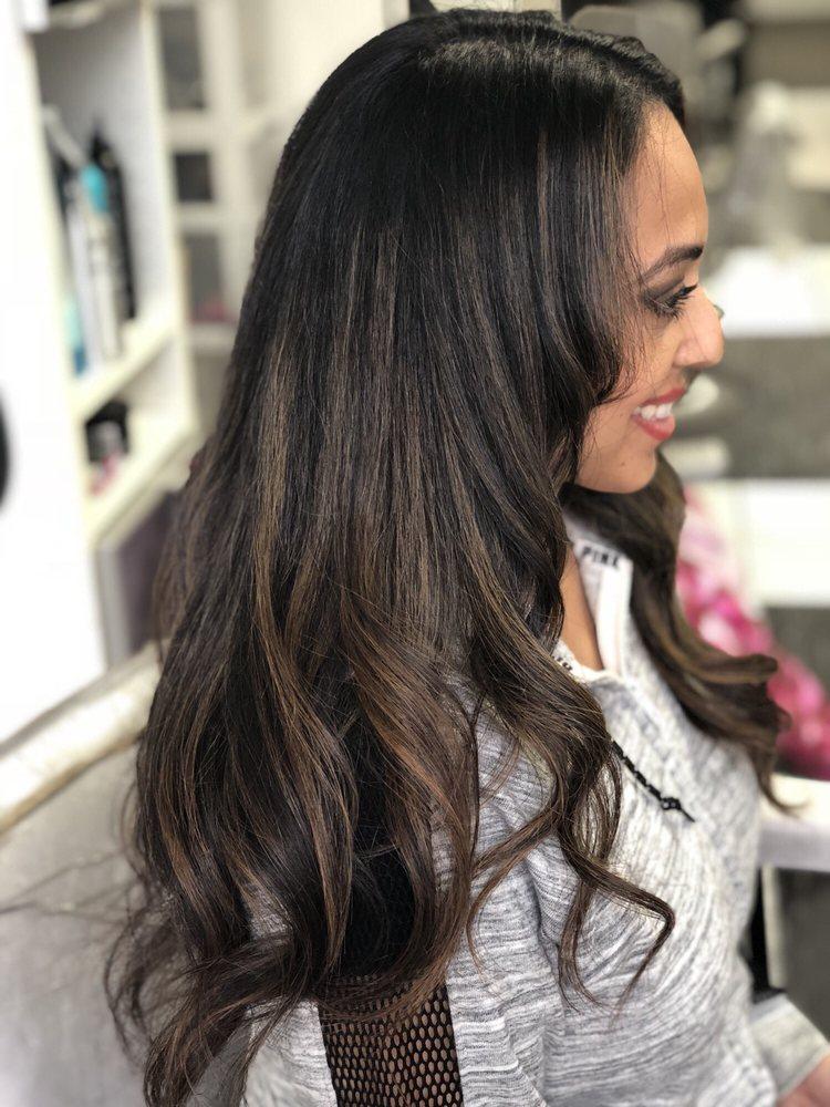 Yaya's Hair Salon: 200 E Fullerton Ave, Northlake, IL