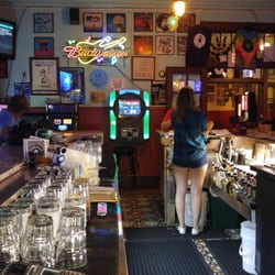 Revolutions 16 Reviews Pubs 902 York St Manitowoc Wi