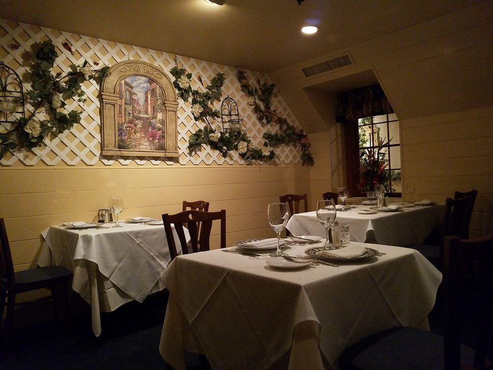 Tavira Restaurant: 8401 Connecticut Ave, Chevy Chase, MD