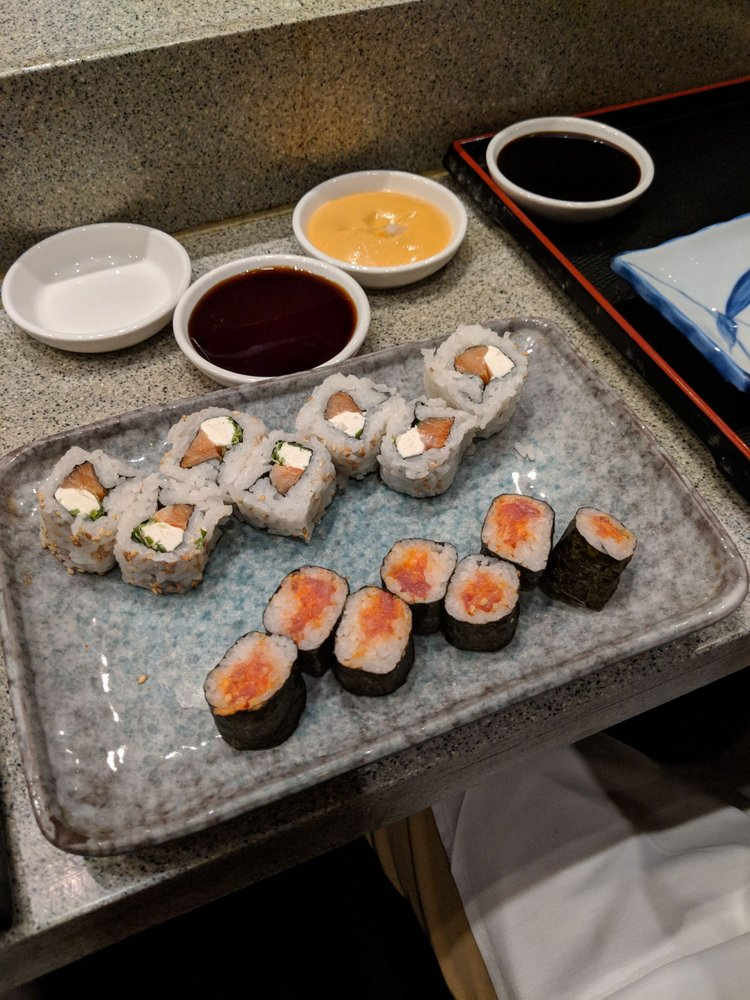 Toki Sushi: 14313 N Dale Mabry Hwy, Tampa, FL