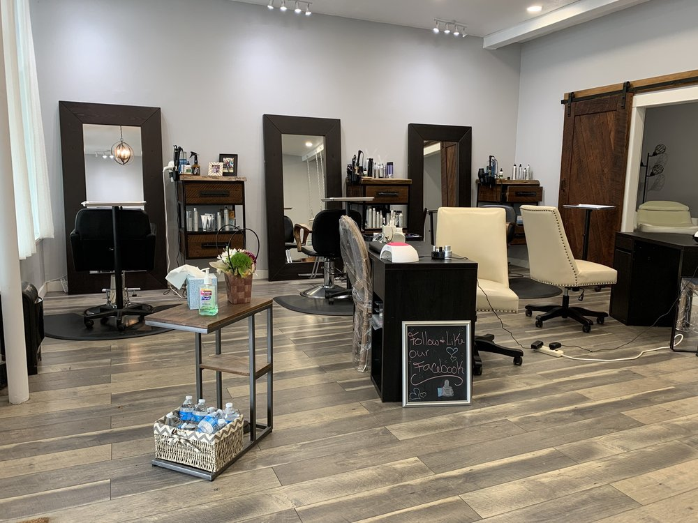 NW Rustic Salon: 5038 River Rd N, Keizer, OR