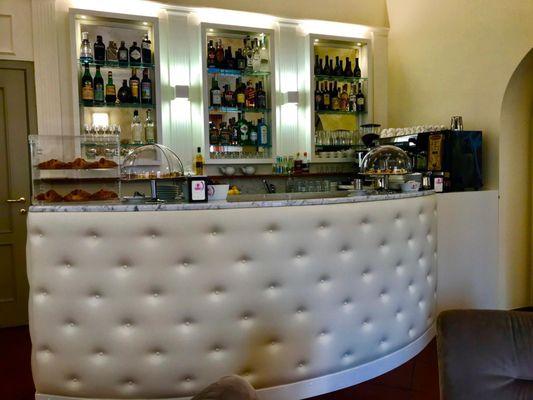 Terrazza Da Vinci 13 Photos Lounges Via Antonio Motta