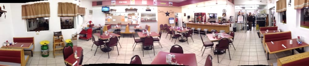 Country Cafe: 190TH St, Clinton, IA