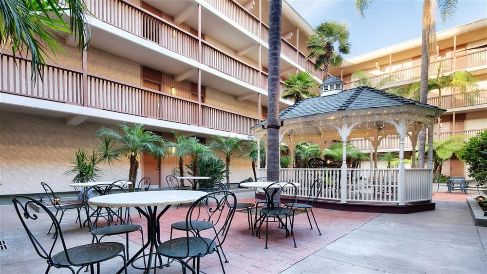 Best Western Plus Thousand Oaks Inn: 75 W Thousand Oaks Blvd, Thousand Oaks, CA