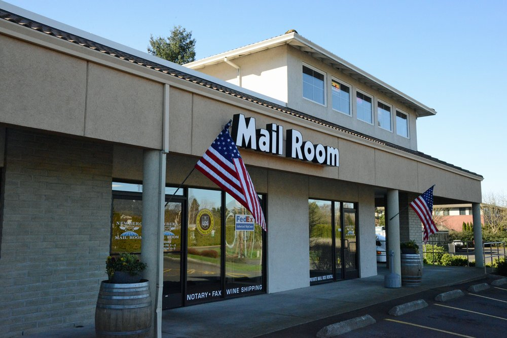 Newberg Mail Room: 1002 N Springbrook Rd, Newberg, OR
