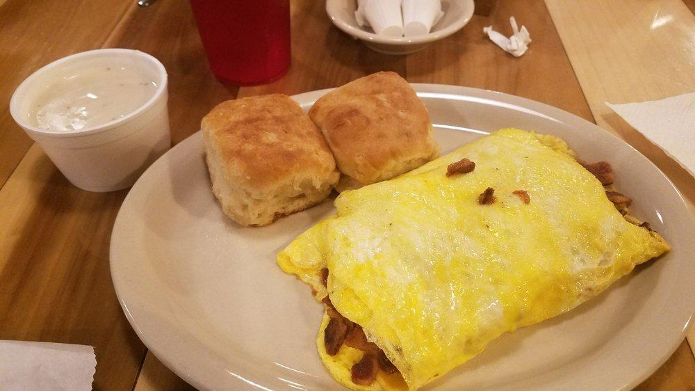Fast Eddies Place Restaurant: 8492 US Hwy 68 E, Benton, KY