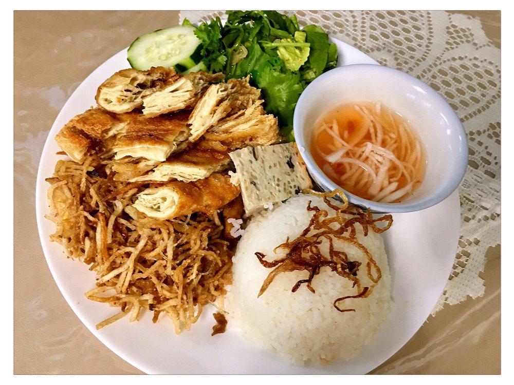Van Hanh Restaurant-Vegan & Vegetarian: 8446 SE Division St, Portland, OR