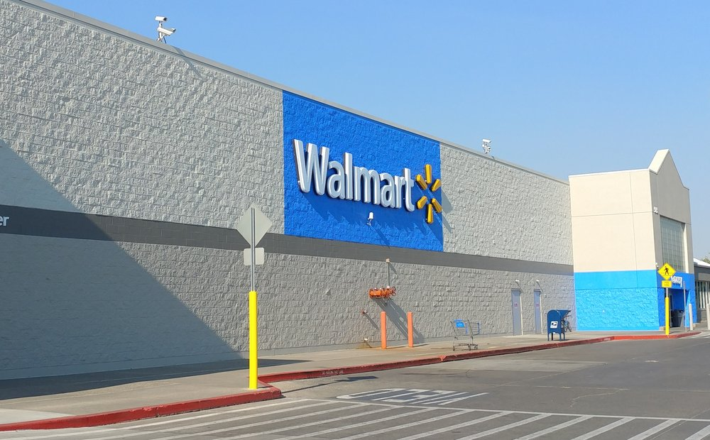 Walmart Supercenter: 565 Jensen Grove Dr, Blackfoot, ID