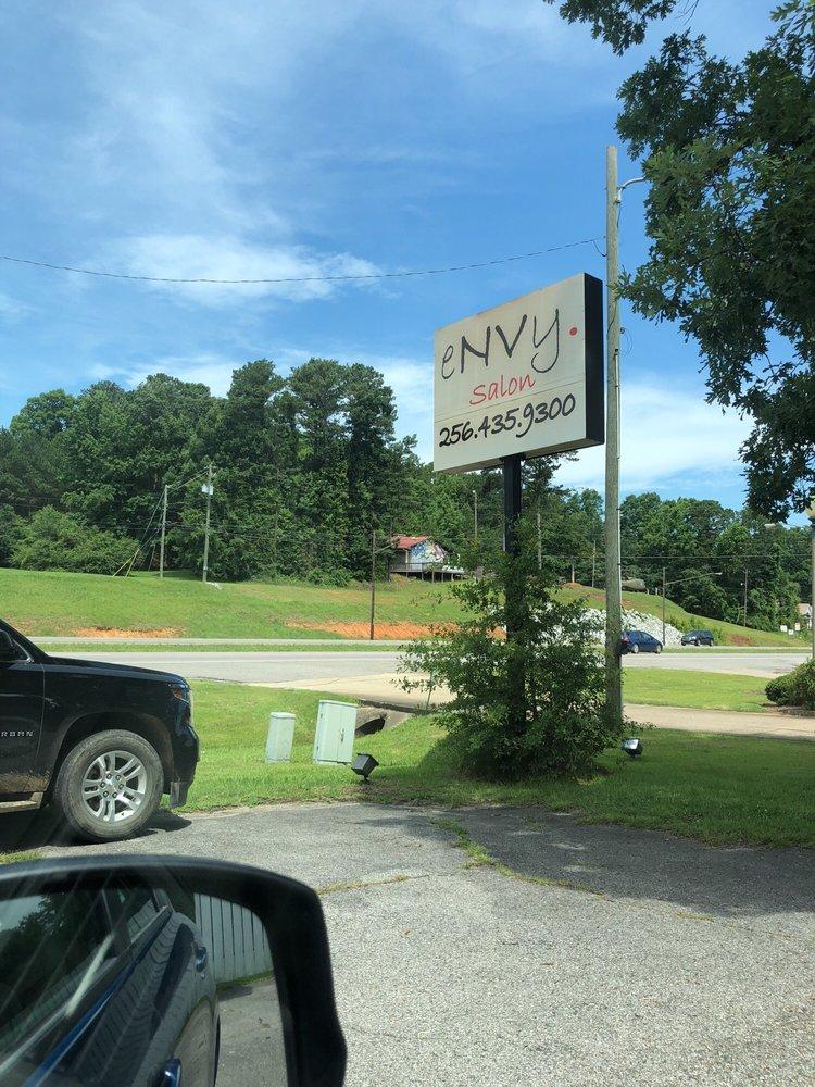 eNVy Salon: 1520 Pelham Rd S, Jacksonville, AL