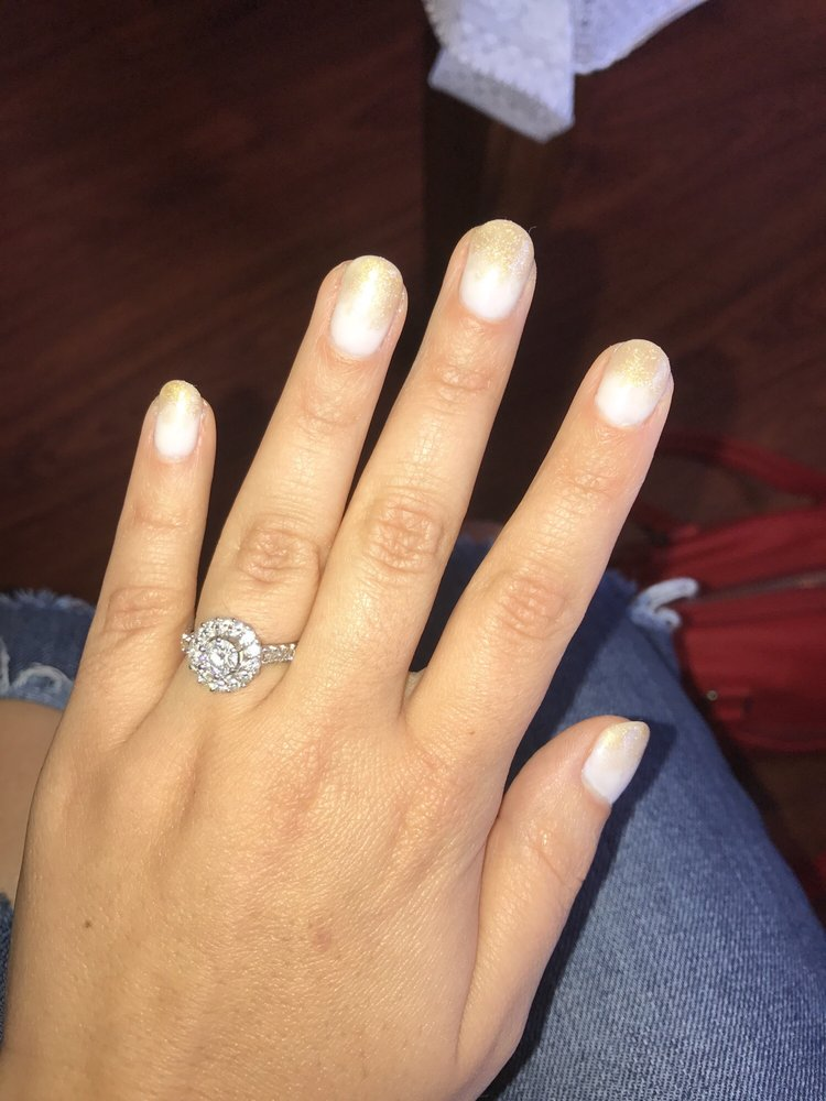 Ivory and champagne ombré nails for my wedding this weekend! Thanks ...