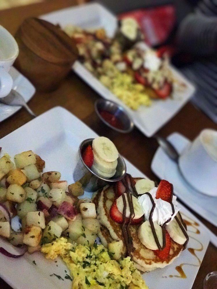 Kaffe Haus: Av. Borinquen S/N, Caguas, PR