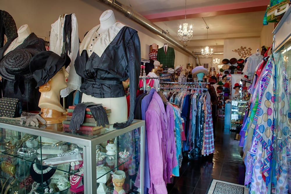 dating vintage clothing