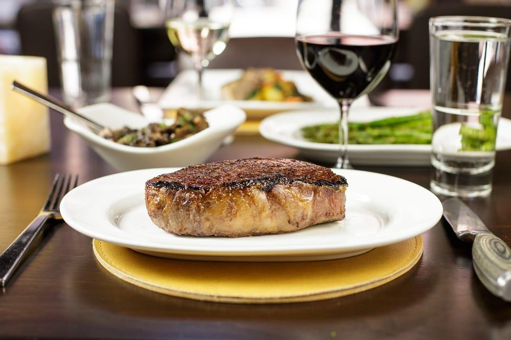 Carnevor Steakhouse Moderne