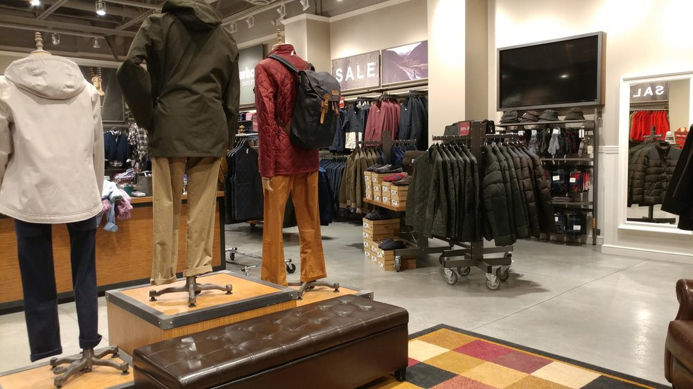 Barbour Merrimack Outlet: 80 Premium Outlets Blvd, Merrimack, NH