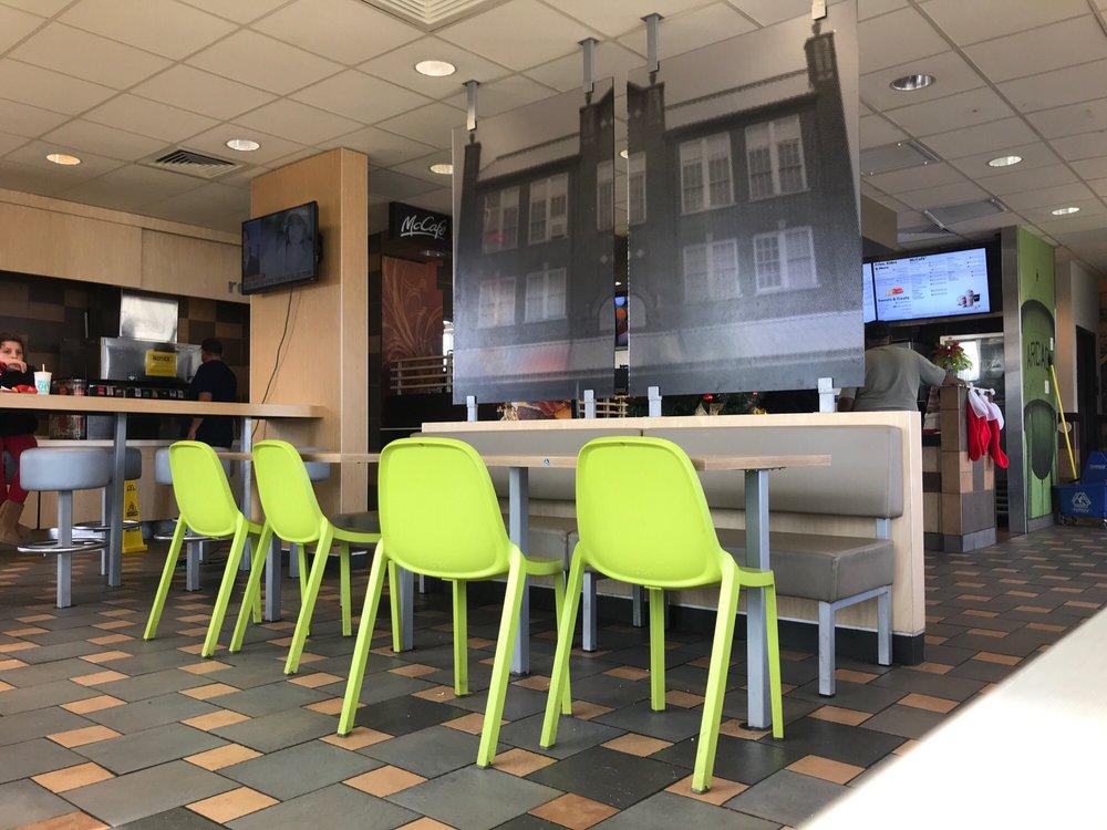 McDonald's: 1196 Hazel St, Arcadia, LA