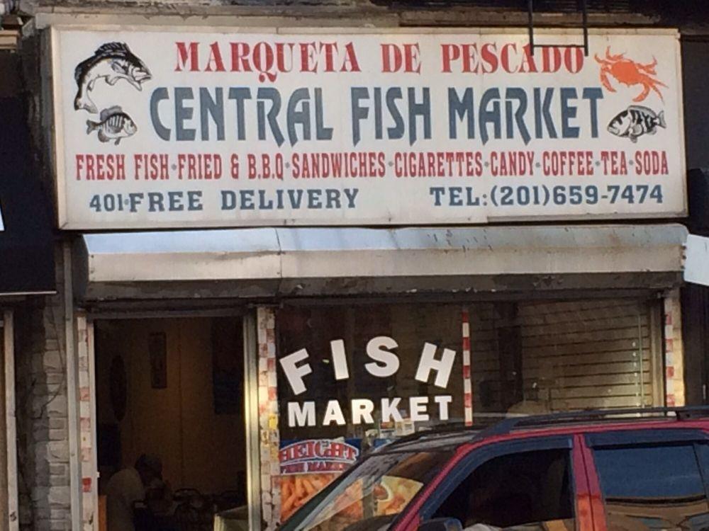 Central fish market 13 fotos 11 beitr ge fischmarkt for Fish market jersey city