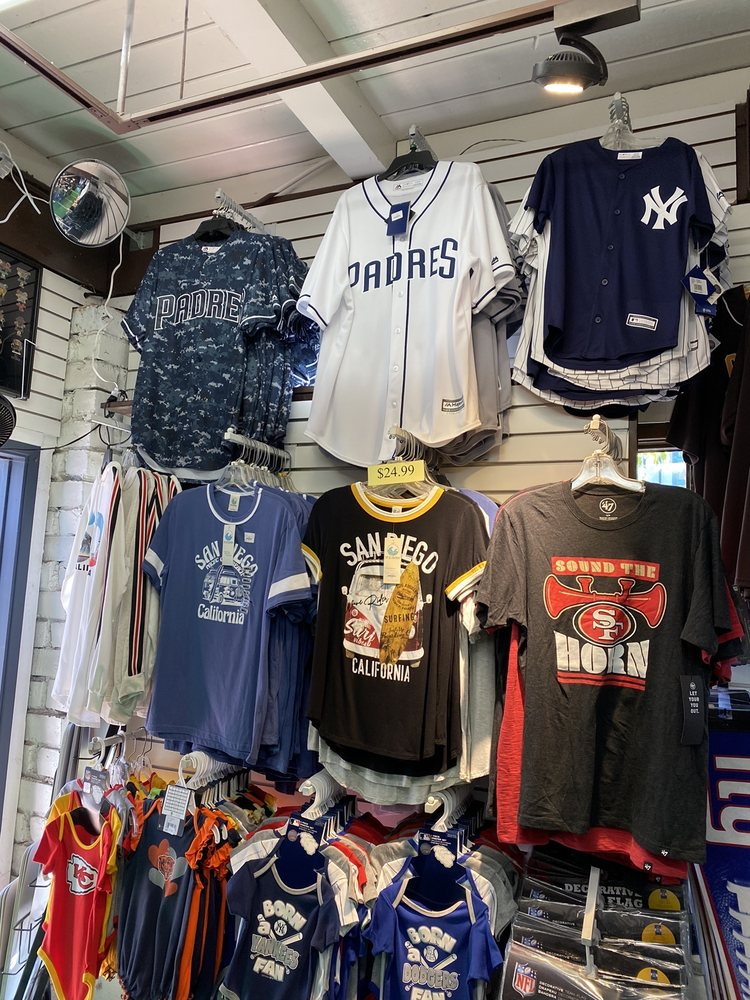 Sports Headquarter: 863 W Harbor Dr, San Diego, CA
