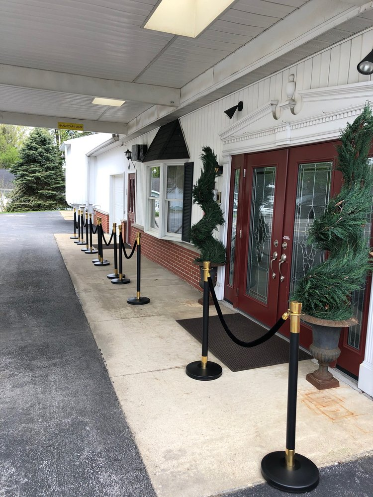 Evans Funeral Home & Cremation Services: 314 E Main St, Norwalk, OH