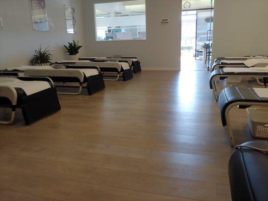 Ceragem Massage & Healing Center - Los Angeles 5563 W Manchester Ave