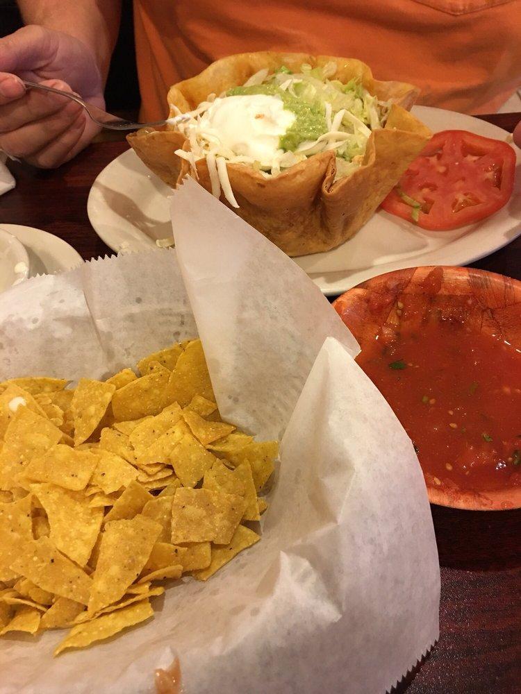 Chilangos Mexican Restaurant: 720 W Main St, Woodbury, TN