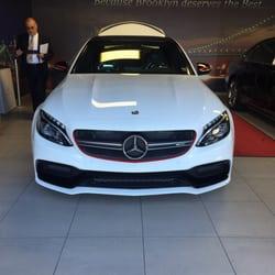 Mercedes benz of brooklyn 49 foton 37 recensioner for Mercedes benz of brooklyn