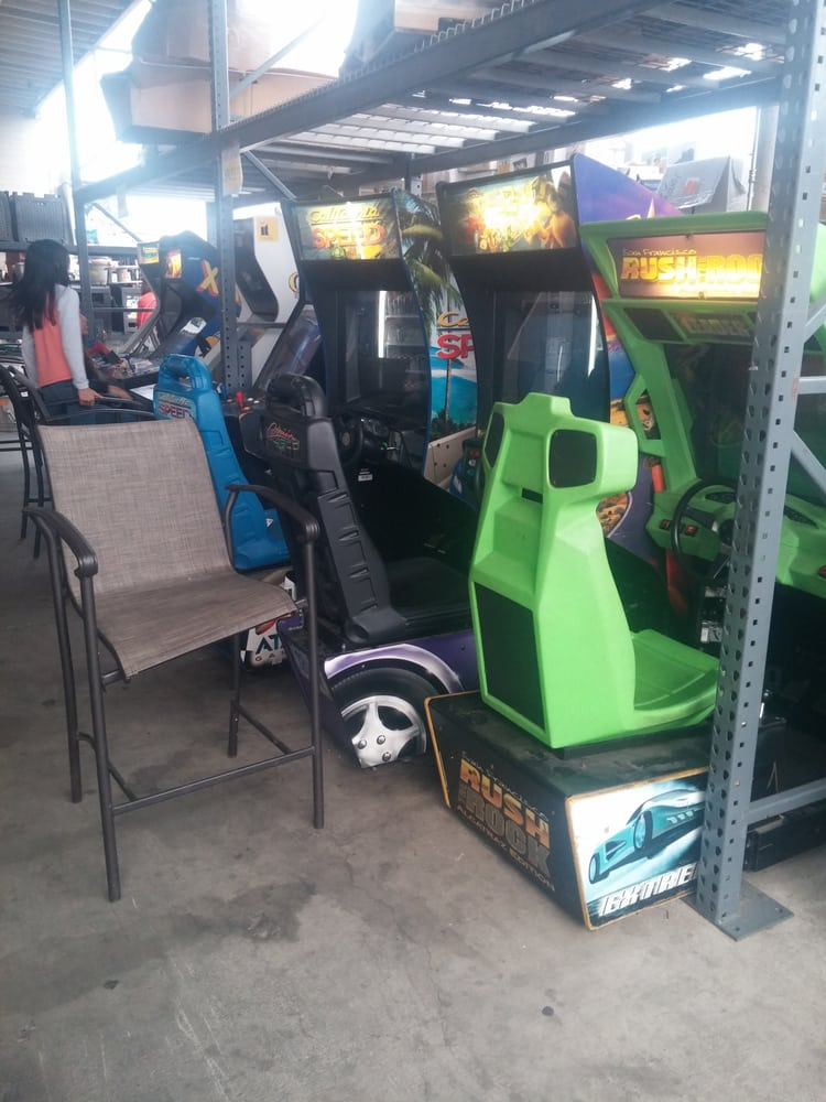 Free Arcade Games For The Kids While You Buy Yelp