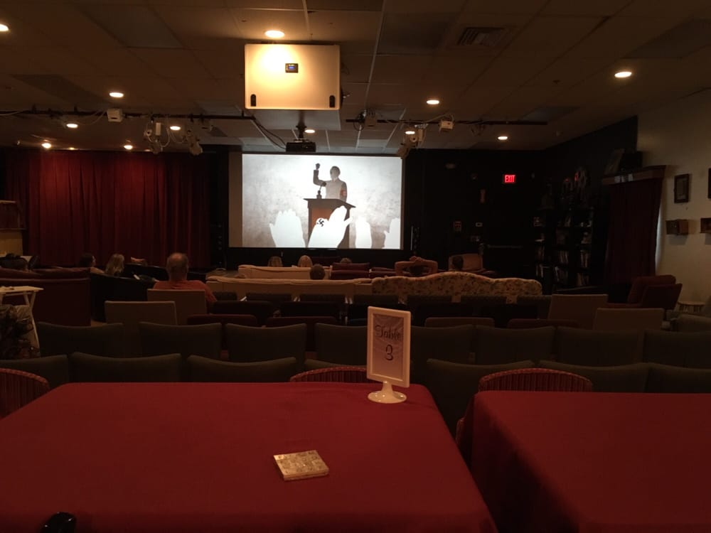 The Cape Ann Cinema Stage 15 Reviews Cinema 21 Main St Gloucester Ma United States