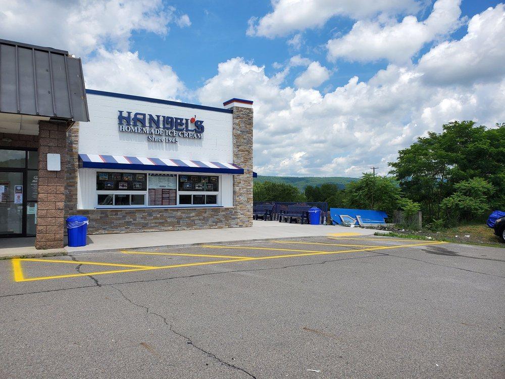 Handel's Homemade Ice Cream: 25 N River St, Plains, PA