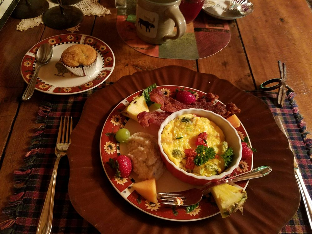 Mountainside Lodge Bed & Breakfast: 1709 Broadstone Rd, Banner Elk, NC