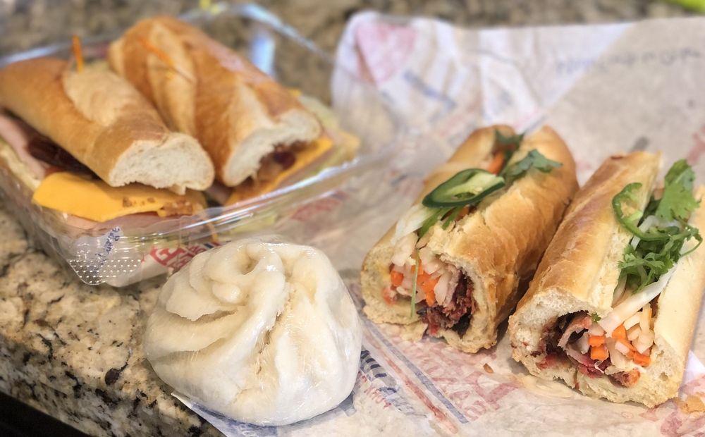 Lee's Sandwiches