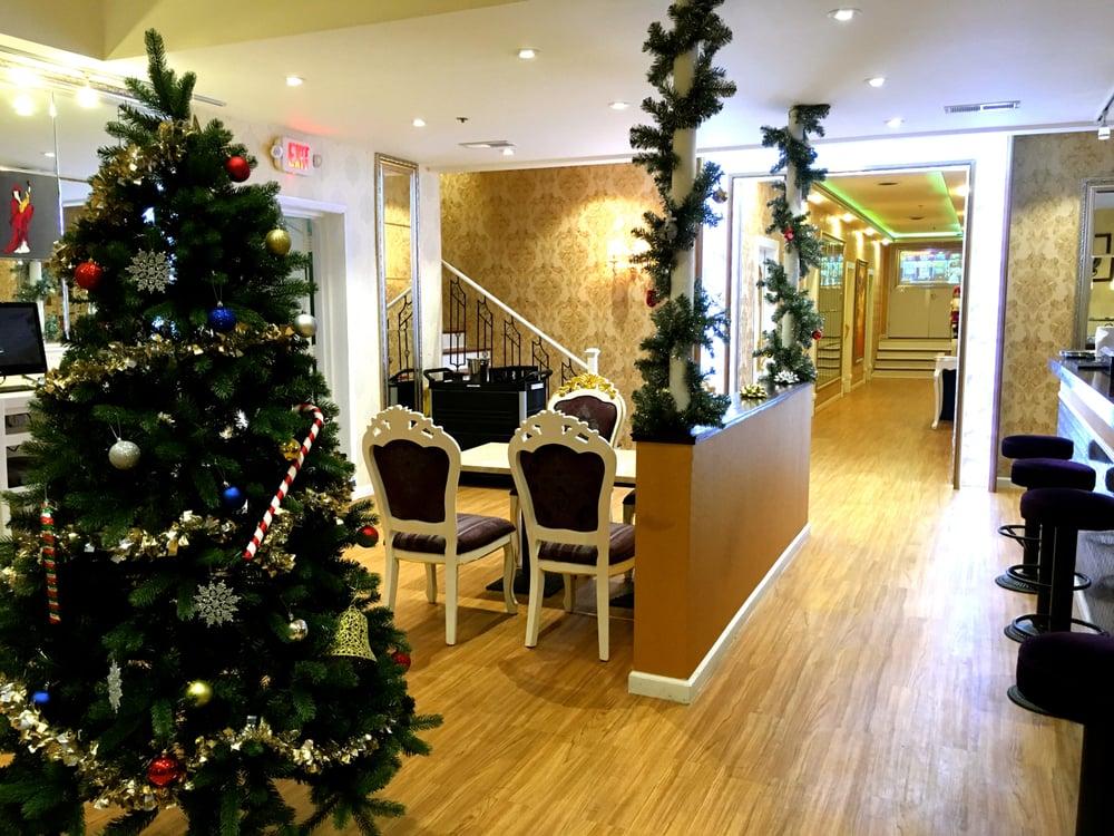 A Plus VIP Lounge: 214 W Main St, Urbana, IL