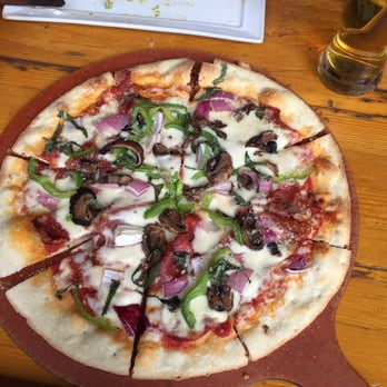 Photo Of Bear Street Tavern Banff Ab Canada Primo Italiano Pizza