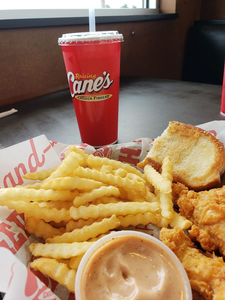 Raising Canes Chicken Fingers 20 Reviews Fast Food 7234 Nw