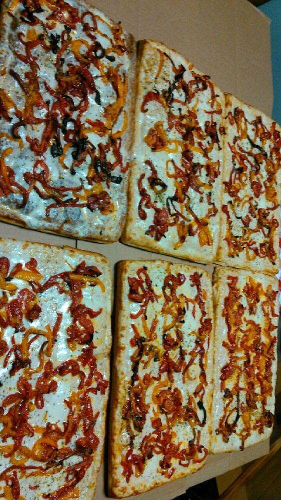 Fratello's Pizzeria & Italian Kitchen: 450 3rd St, Nescopeck, PA