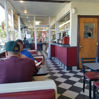 Photo Of Brea S Best Burgers Ca United States Clean Dining Room