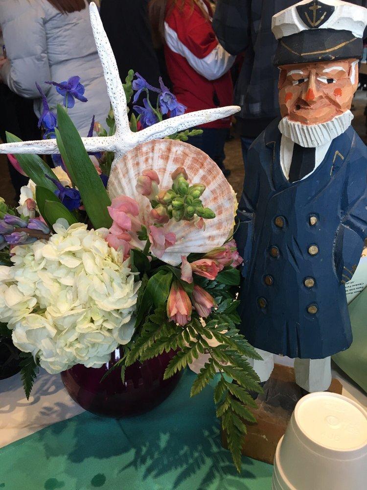 Nantasket Flowers and Gifts: 293 Nantasket Ave, Hull, MA