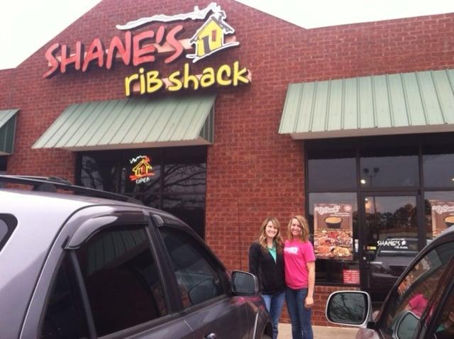 Shane's Rib Shack: 534 College Dr, Barnesville, GA