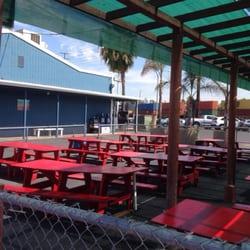 Berth 55 fish market and seafood deli 676 photos 444 for Long beach fish market