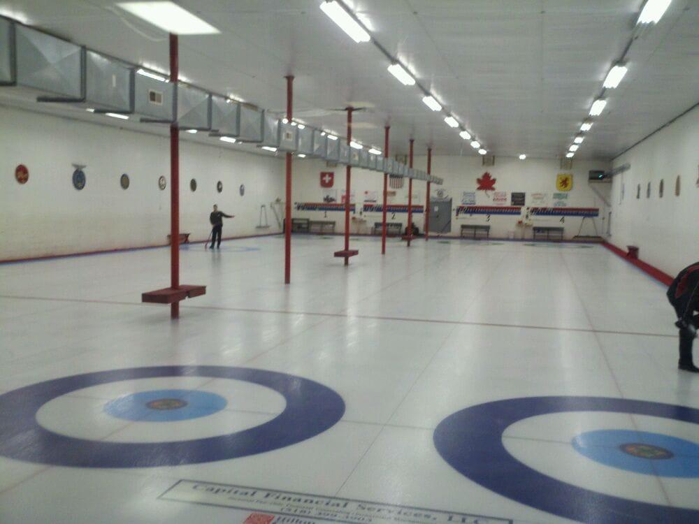 Schenectady Curling Club: 1084 Baltown Rd, Schenectady, NY
