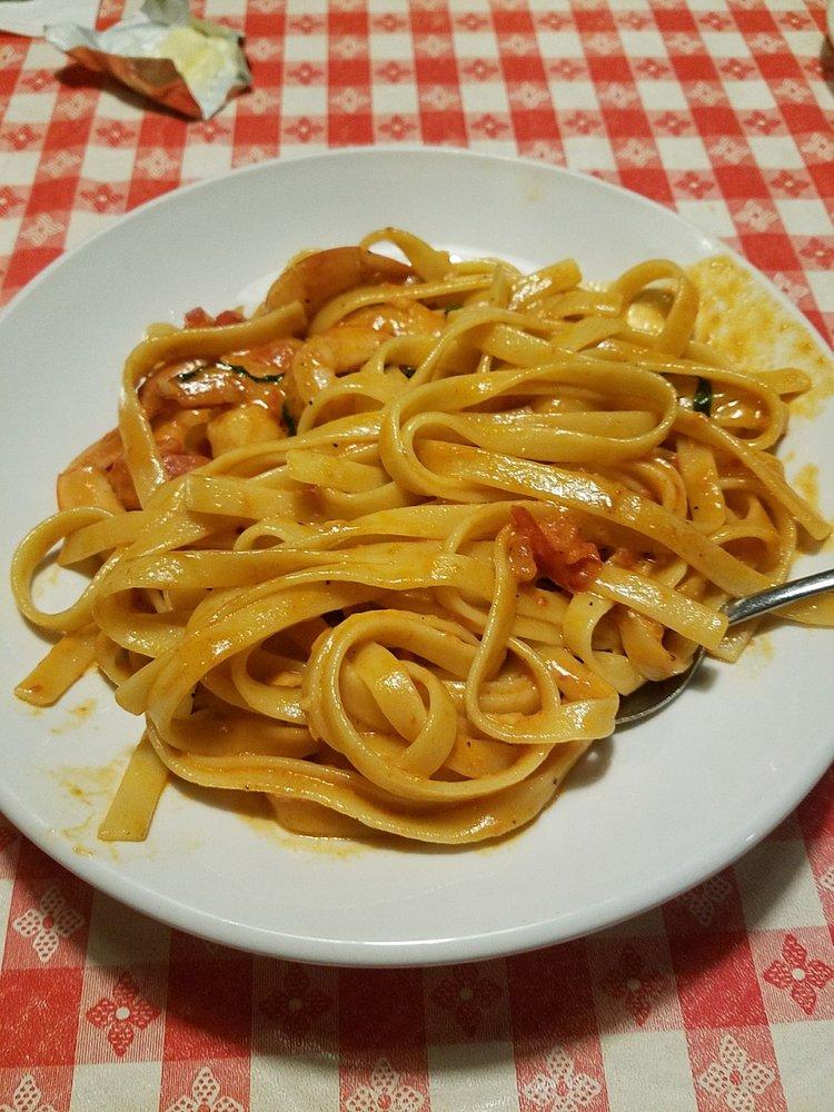 Vinces Italian Restaurant & Pizzeria | 2815 NE Sunset Blvd, Renton, WA, 98056 | +1 (425) 226-8180