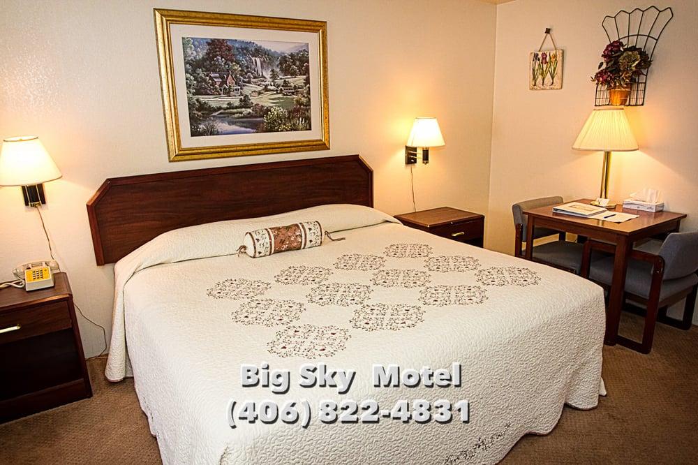 Big Sky Motel: 103 4th Ave E, Superior, MT