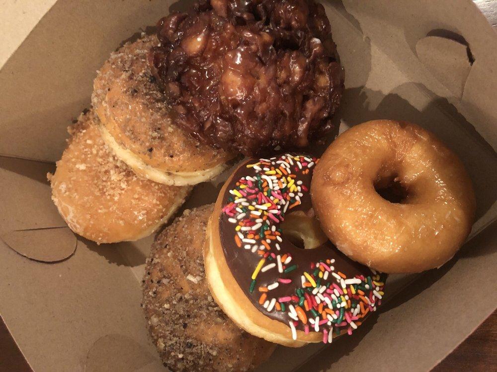 Alesha Donuts