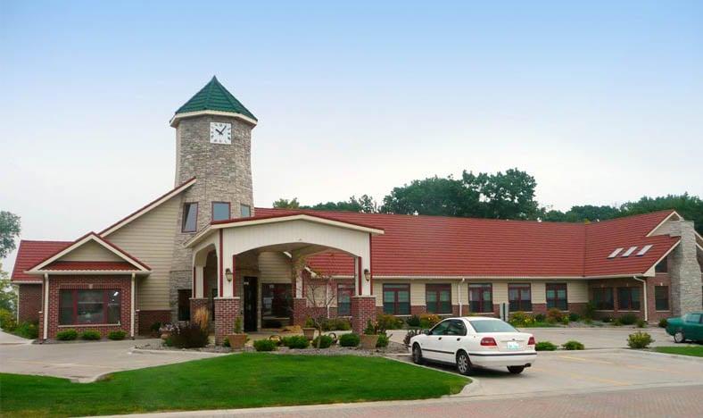 Amber Ridge Memory Care Community: 221 11th Ave, Moline, IL