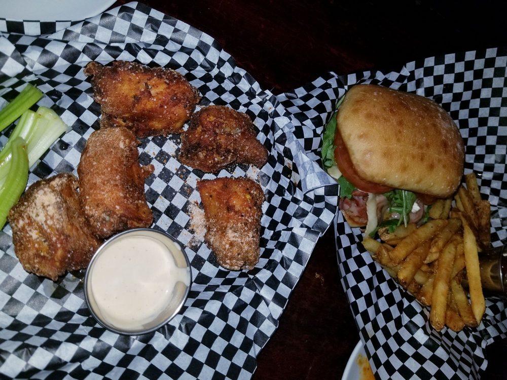 Brunson's Pub: 956 Payne Ave, Saint Paul, MN