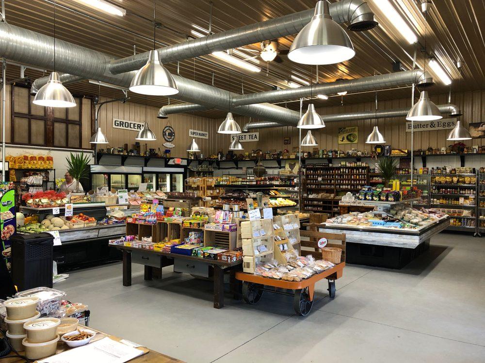 McKenna's Farm Market: 55716 US-36, Fresno, OH
