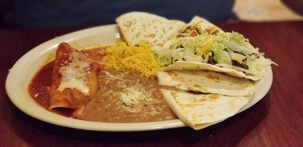 Taco Rico Tex-Mex Café: 8688 NW 13th Ter, Doral, FL