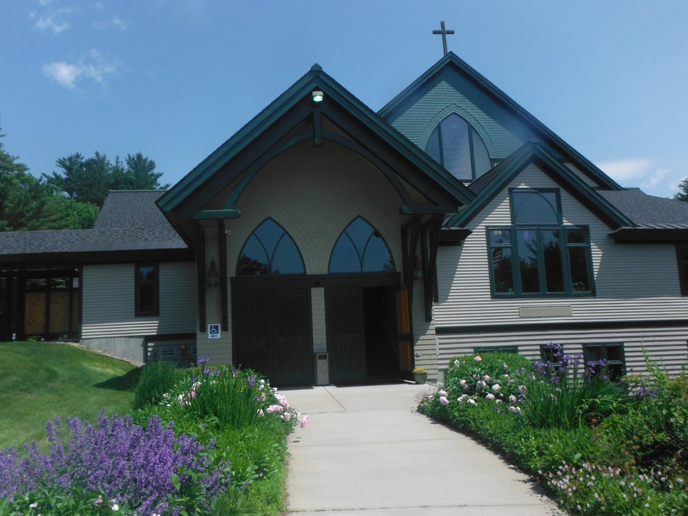 Our Lady of the Mountains Church: 2905 White Mountain Hwy, North Conway, NH