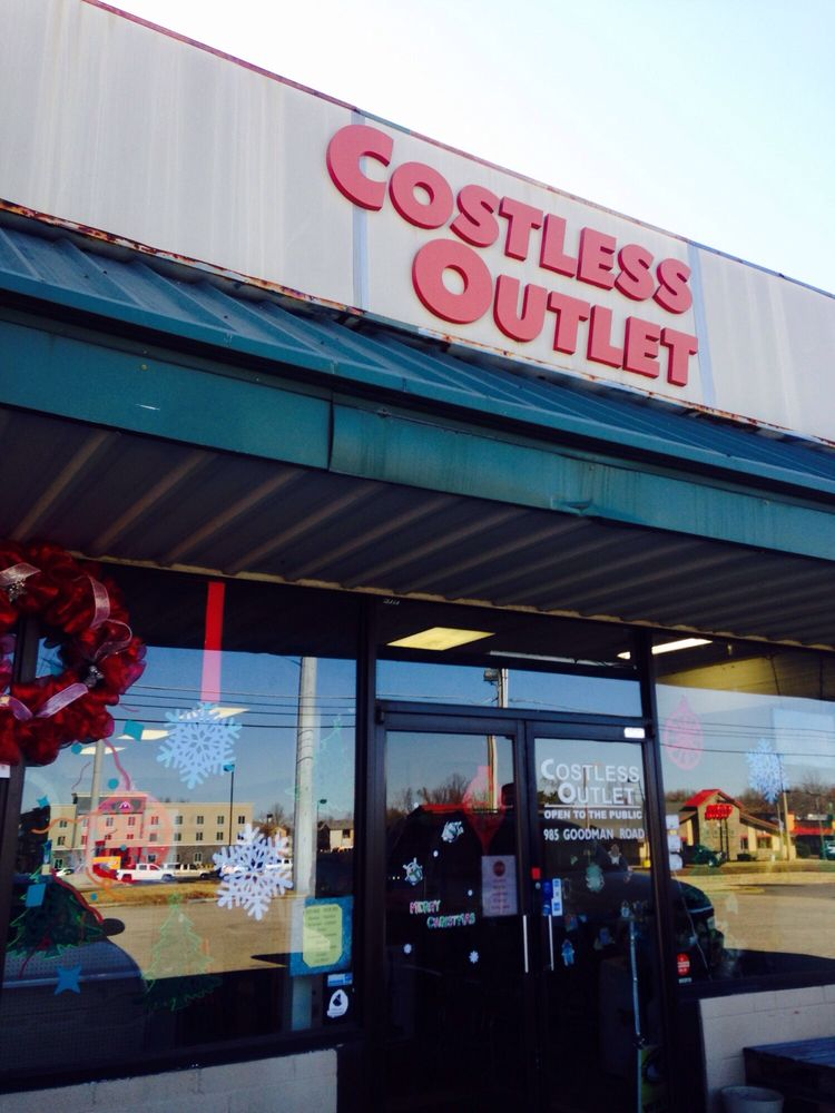 Costless Outlet: 985 Goodman Rd W, Horn Lake, MS