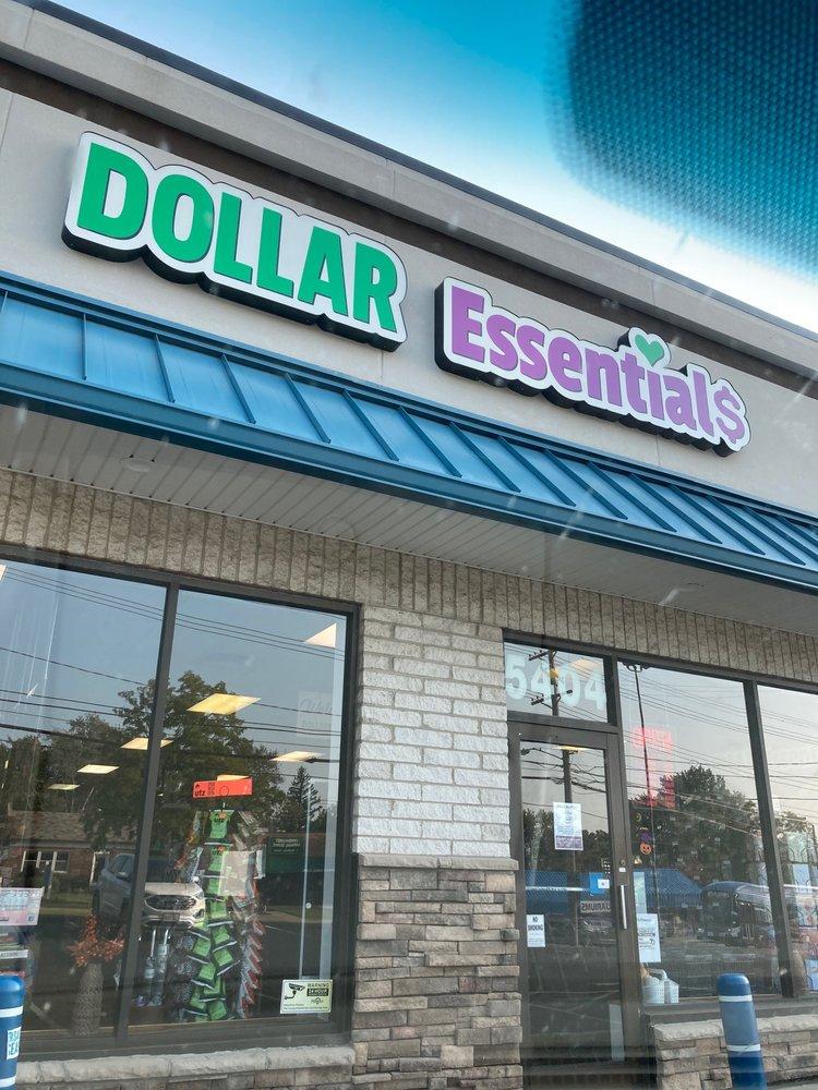 Dollar Essentials: 5404 Mayfield Rd, Lyndhurst, OH