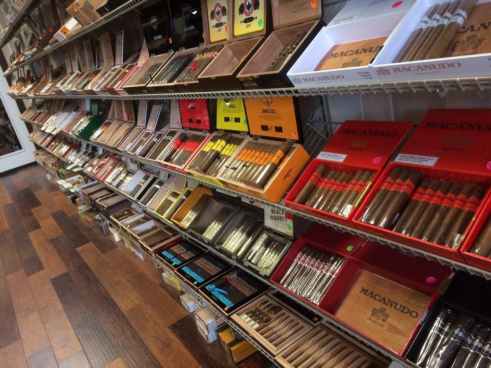 Maxwell's Cigar Bar